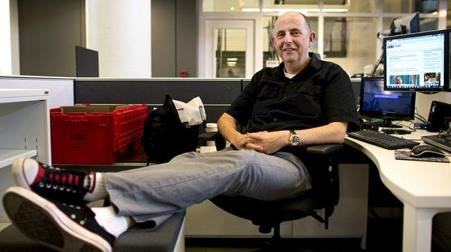 Photo of Mark Memmott sitting in an office
