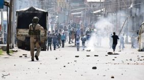 Police clash with protesters in Kashmir in December 2018. The 2019 communications blackout is the latest development in decades of tension in the region. Source:Seye Sajed Risvi/Tasnim News agency.